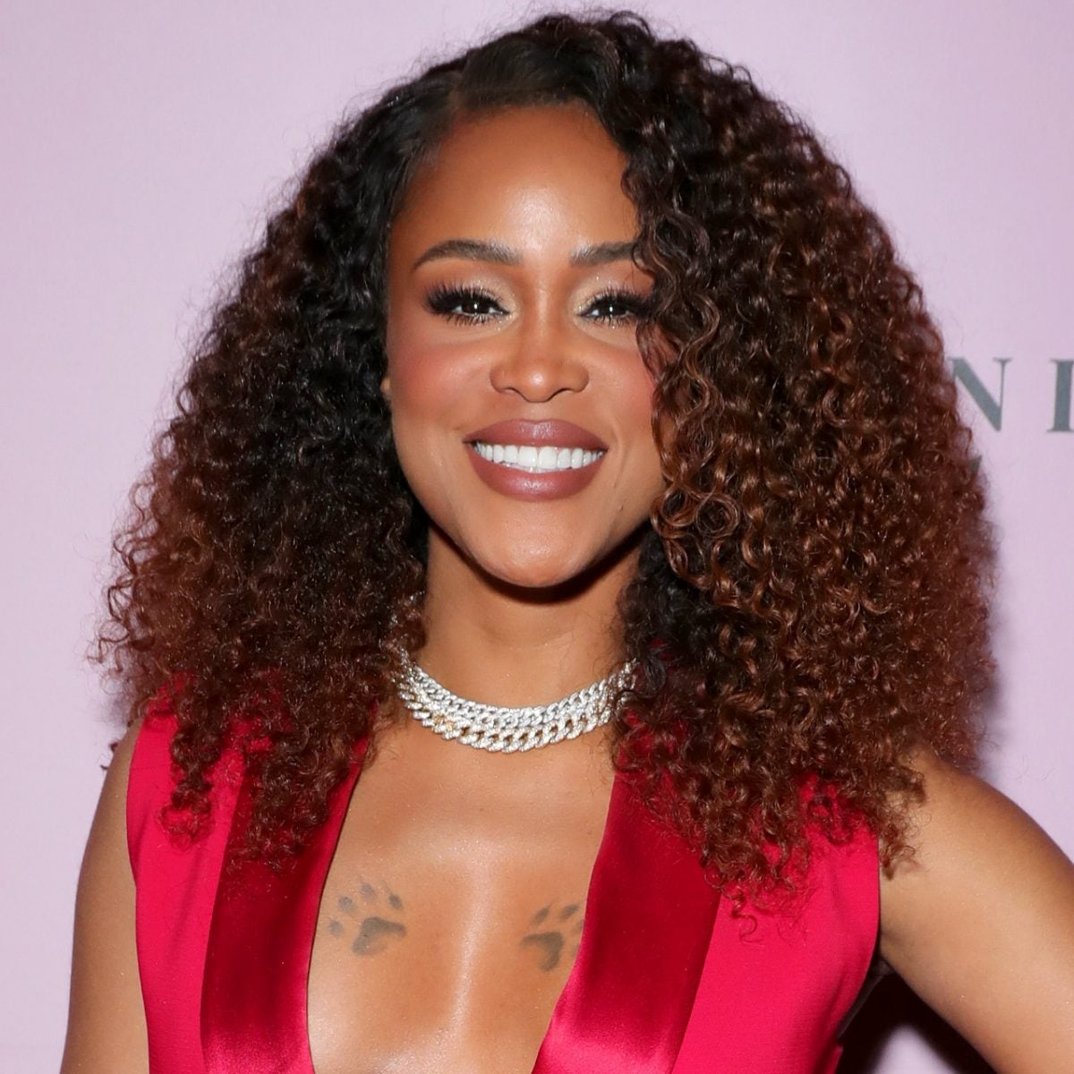 Eve Hosts Her First Virtual Charity Gala And She Nailed It
