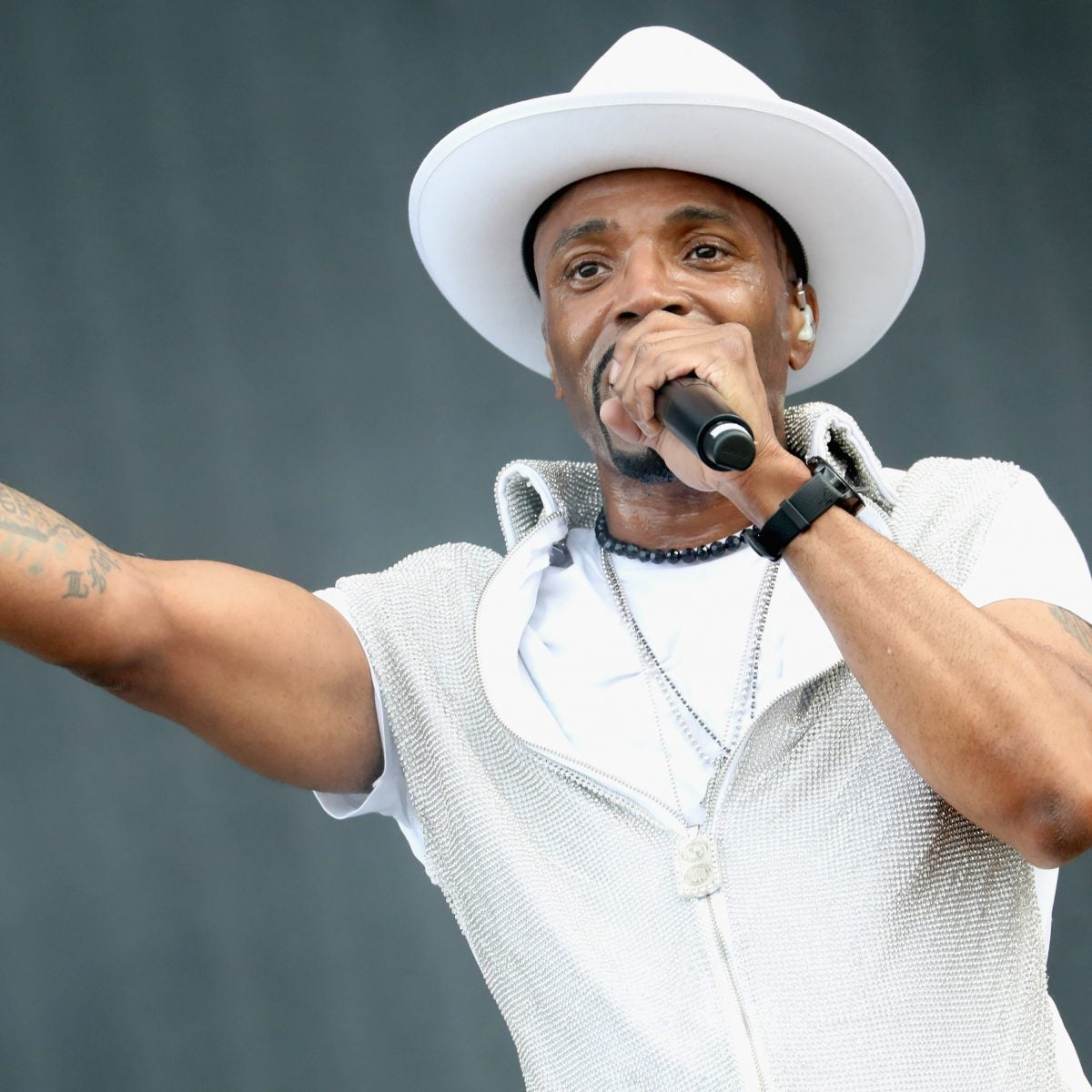 Teddy Riley's Kids Gave Their Dad His Flowers In This Adorable Video