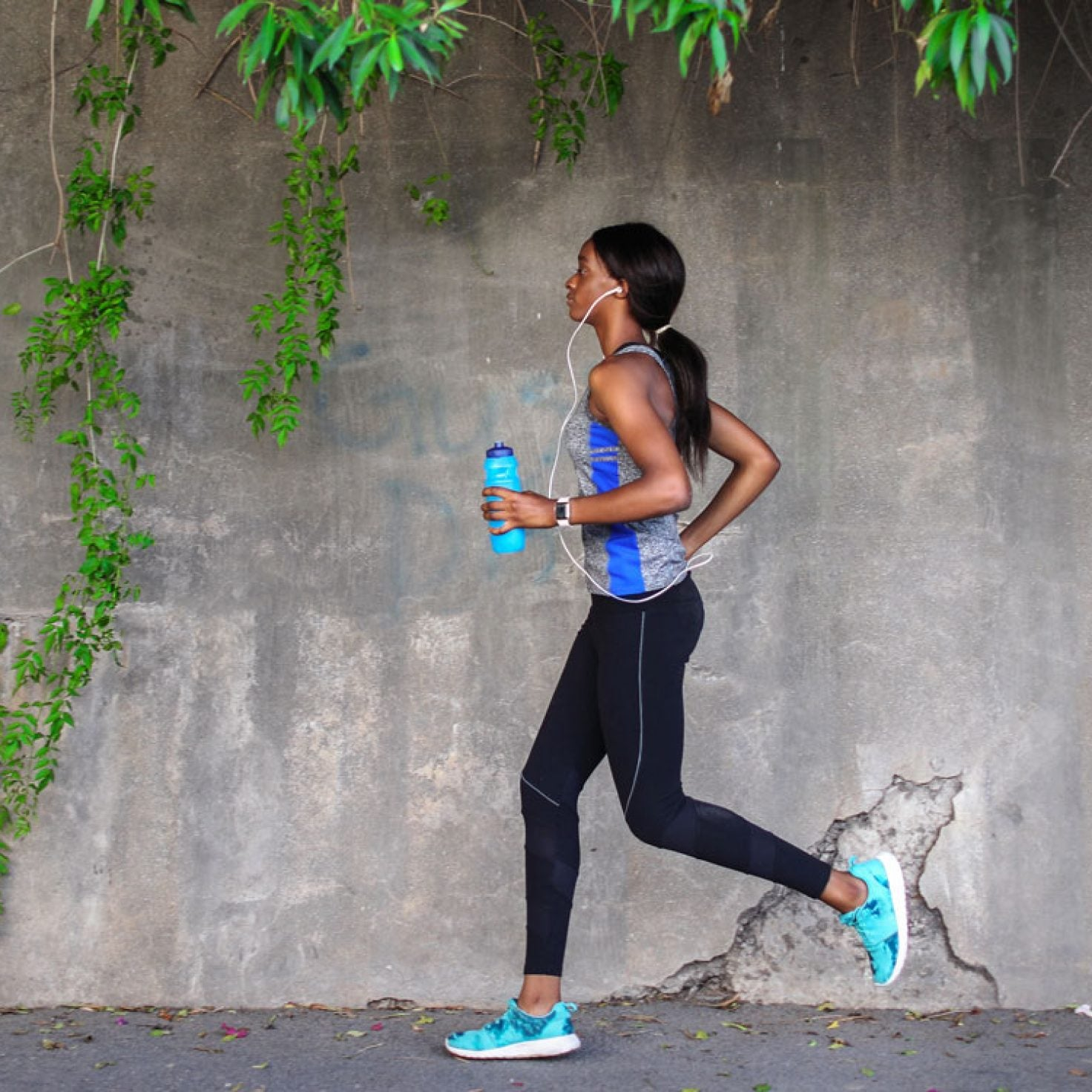 Brooks Running Is Donating 10,000 Pairs Of Shoes To Health Care Professionals