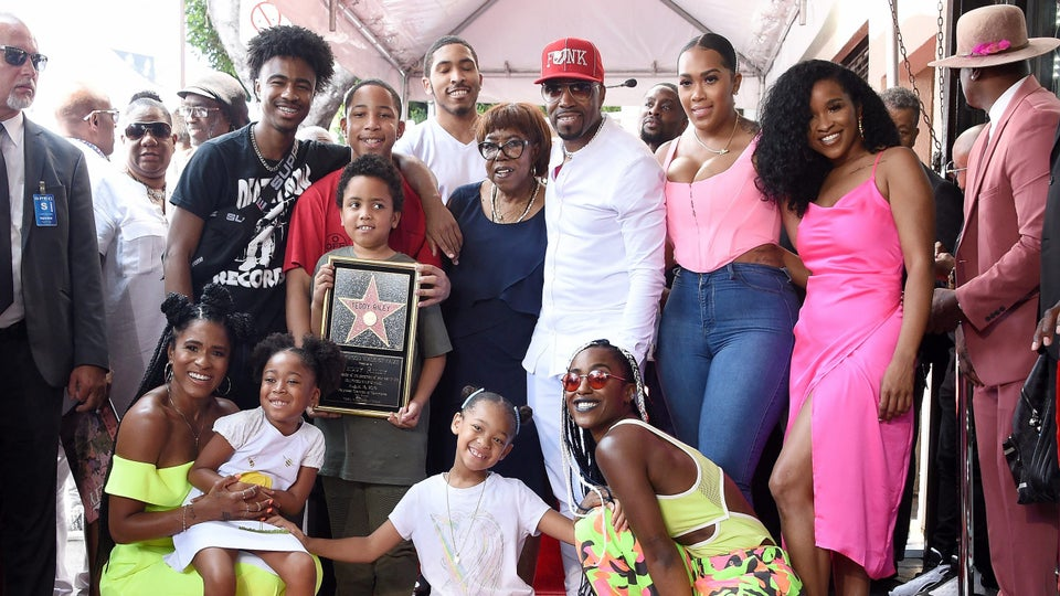 Teddy Riley's Kids Wished Him Luck In This Adorable Video