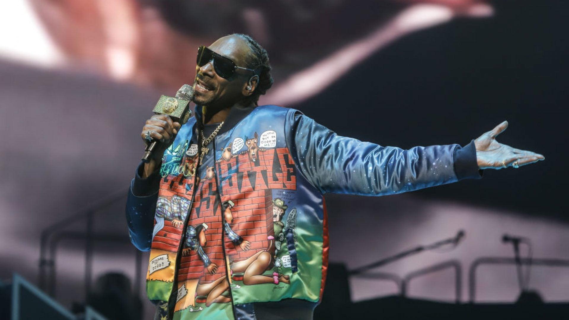 Snoop Dogg To Headline Virtual 4/20 Benefit Concert 'Stay Kushy, Stay Home'