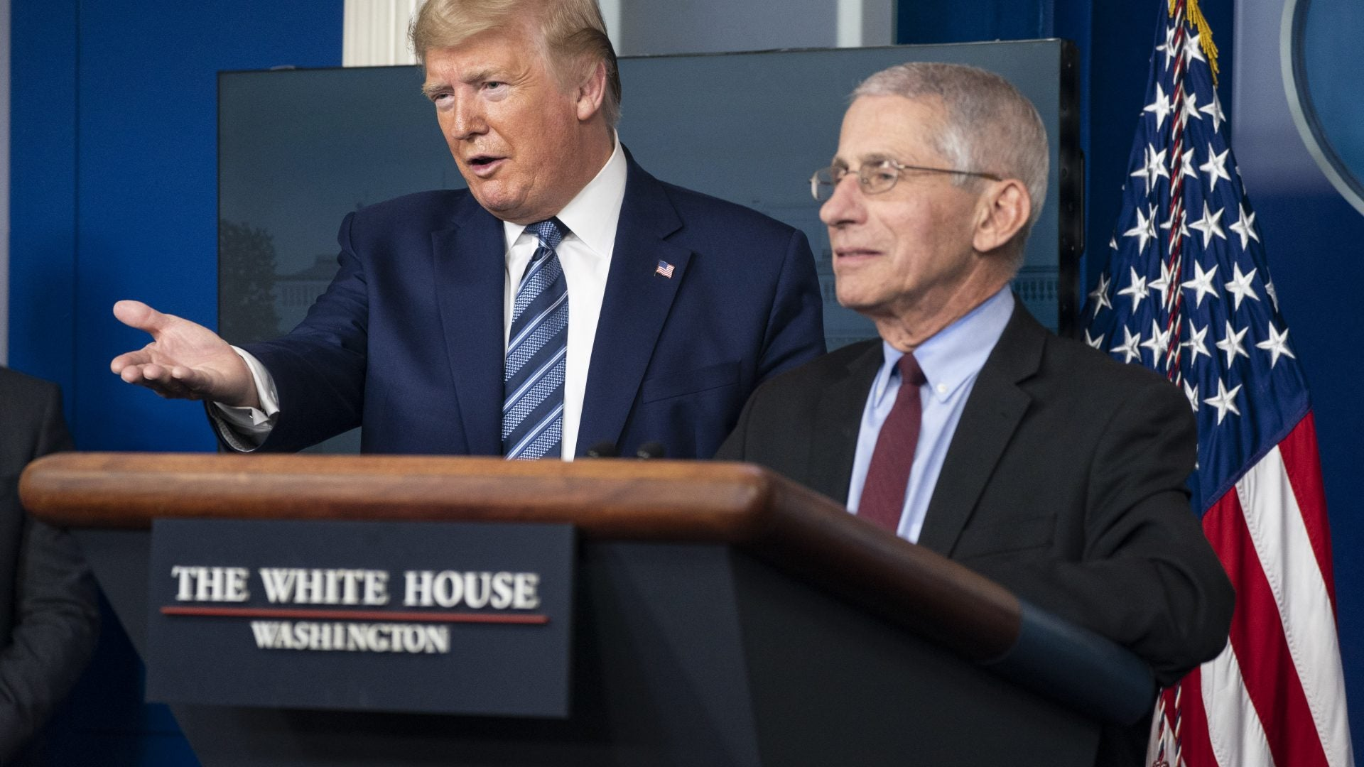 Trump Keeps On Promoting The Use of Hydroxychloroquine, Despite Expert Advice
