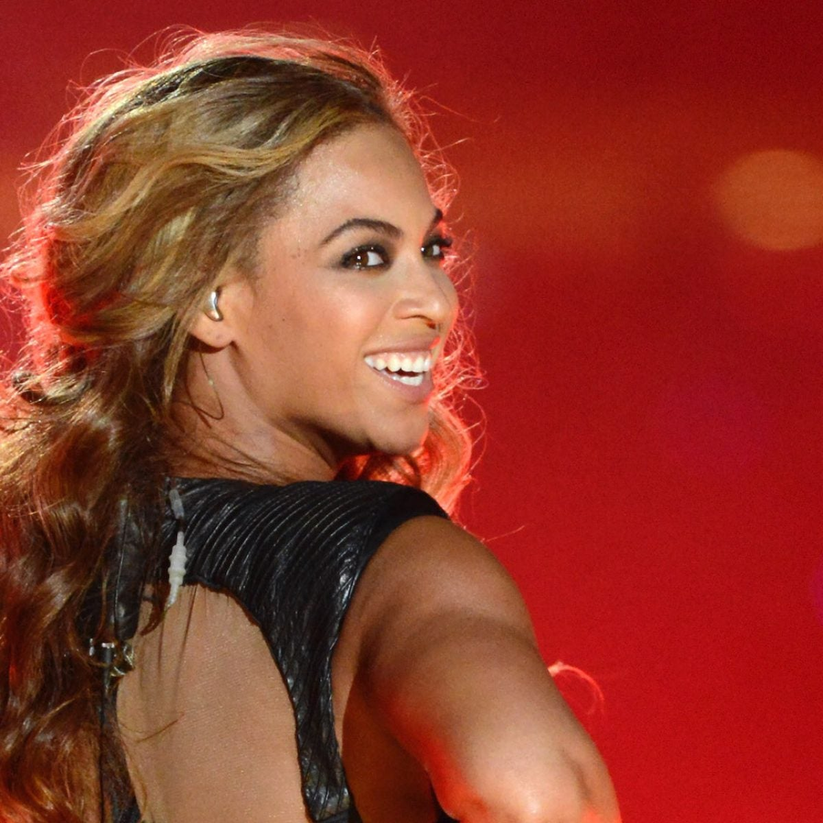 Get Your Knees Ready For The #SavageChallenge2 Thanks To Beyoncé's Remix