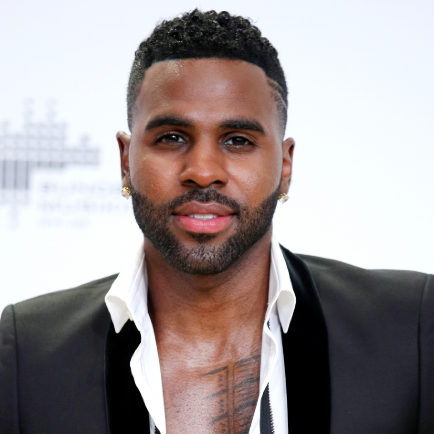 Jason Derulo Shaved Off His Eyebrow And It Was Painful To Watch