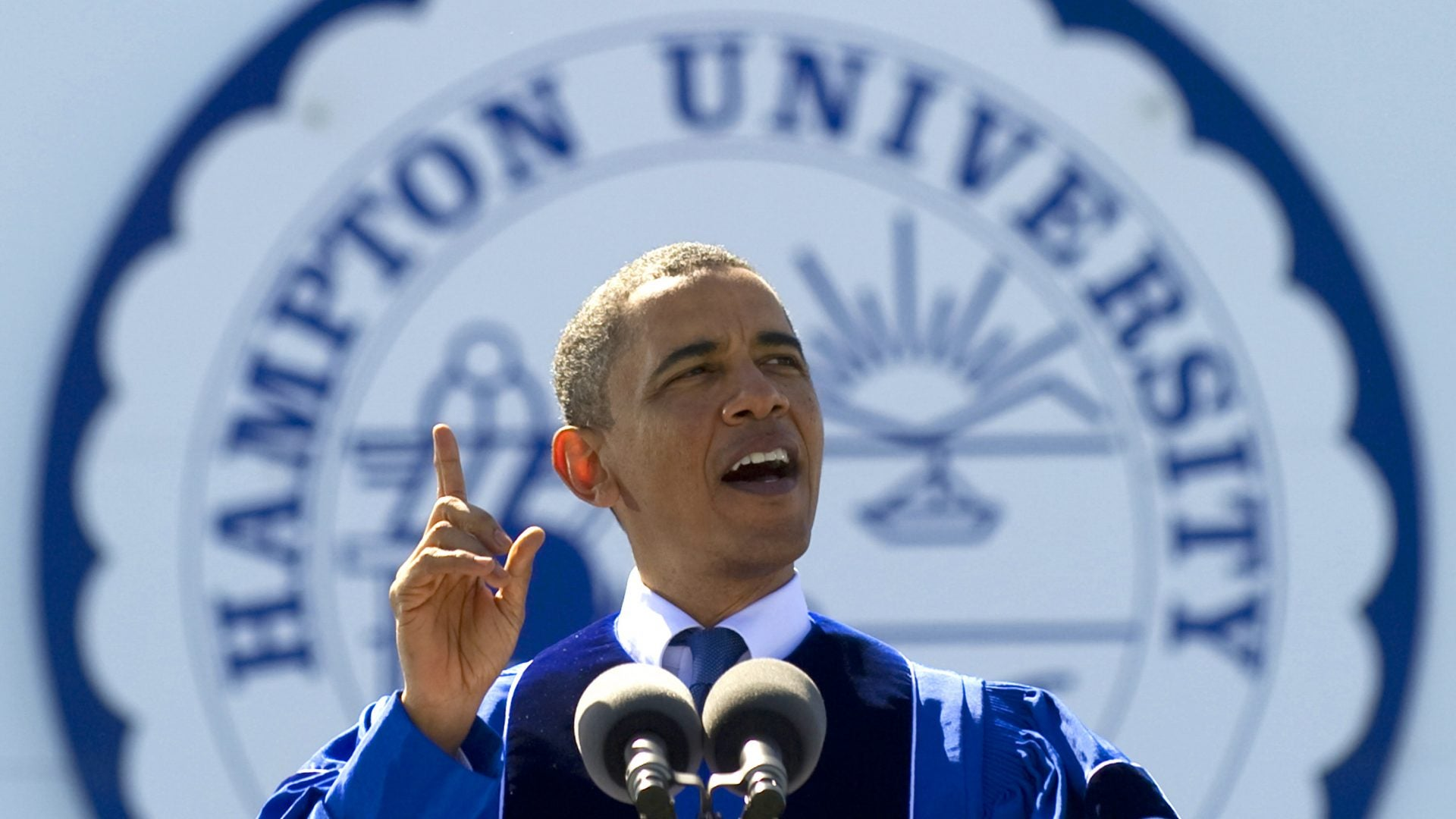 High School Seniors Want Obama To Deliver Virtual Address To 2020 Class
