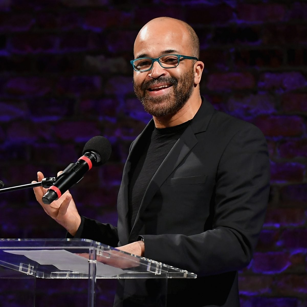 'Westworld' Star Jeffrey Wright Rallies Support And Feeds Brooklyn's Essential Workers