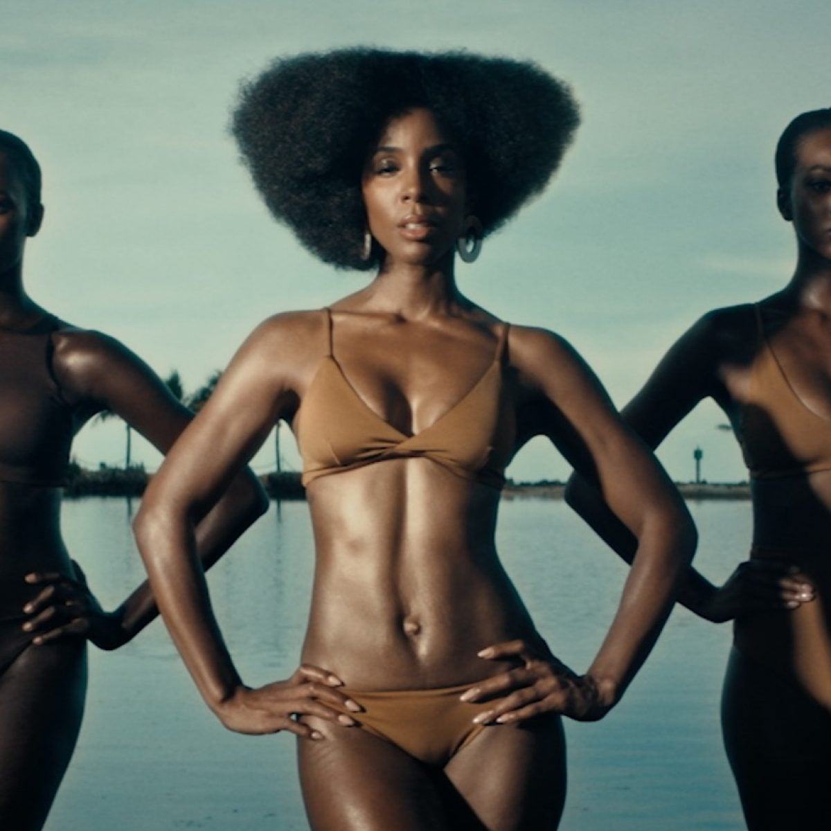 EXCLUSIVE: Kelly Rowland Serves Steamy Hot 'Coffee' In New Video