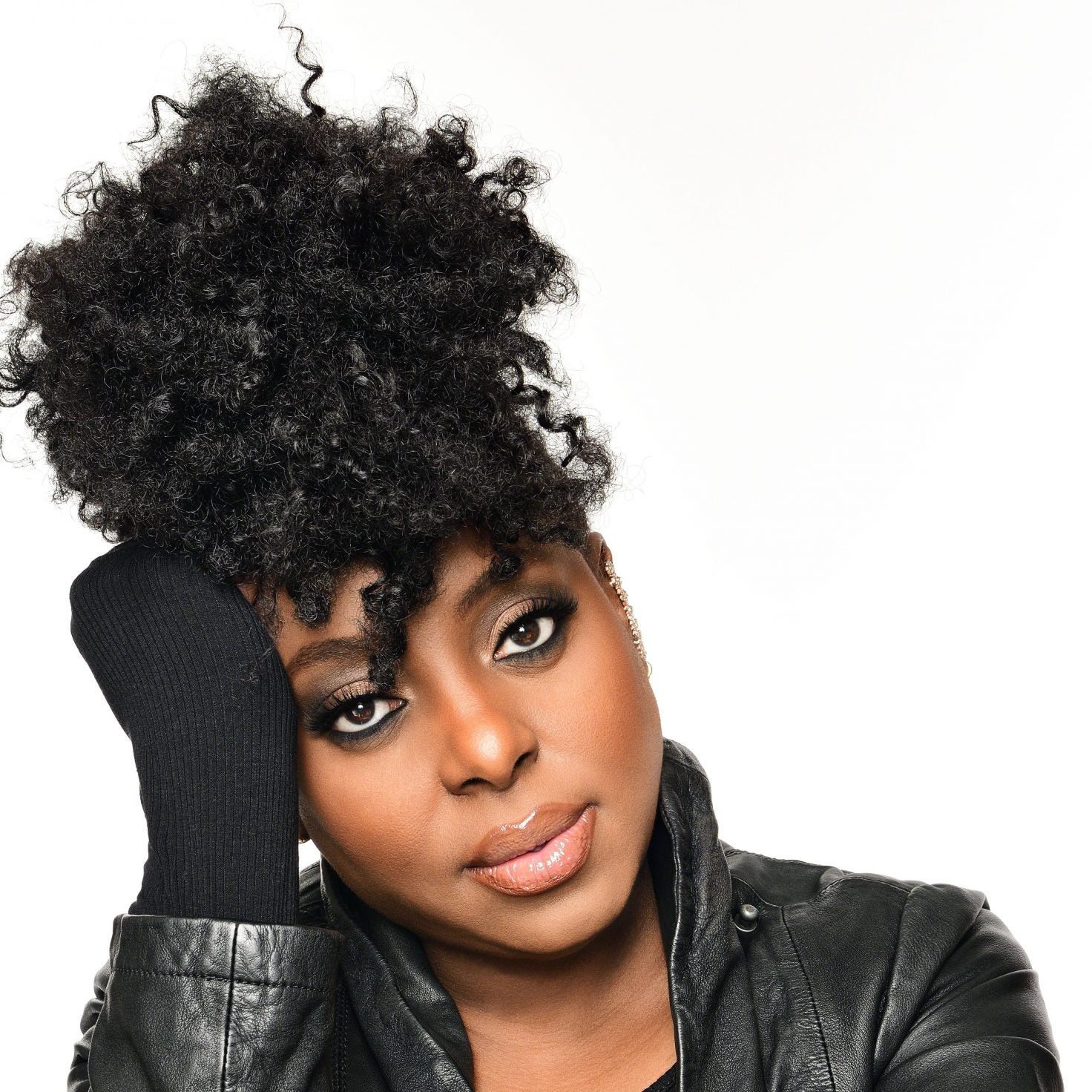 Ledisi Drops Video for New Single 'Anything For You'