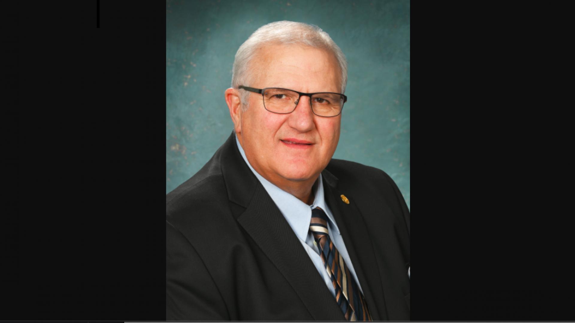 Michigan State Senator Apologizes For Face Mask Resembling Confederate Flag