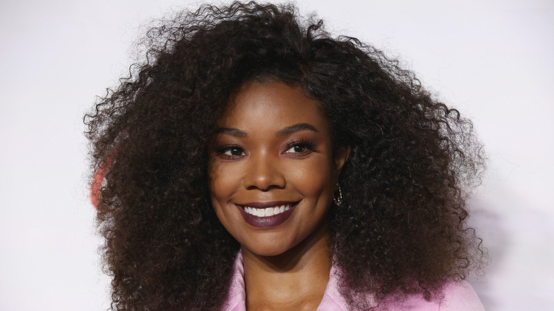 Gabrielle Union's Hairstylist On Removing Weaves And Wigs Properly