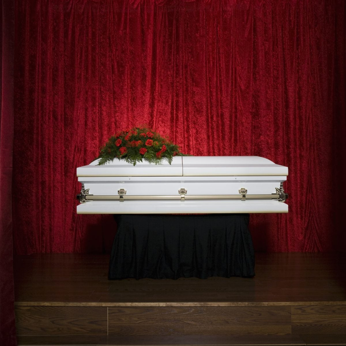 COVID-19 Has Changed The Way We Grieve And Honor Our Dead
