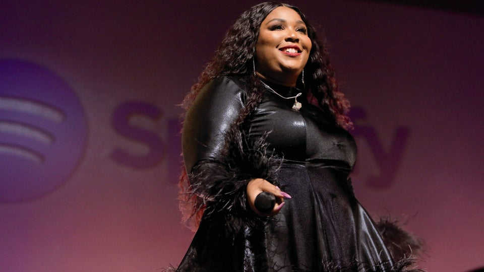 Master Class: Breaking Down Lizzo's Carefree Style