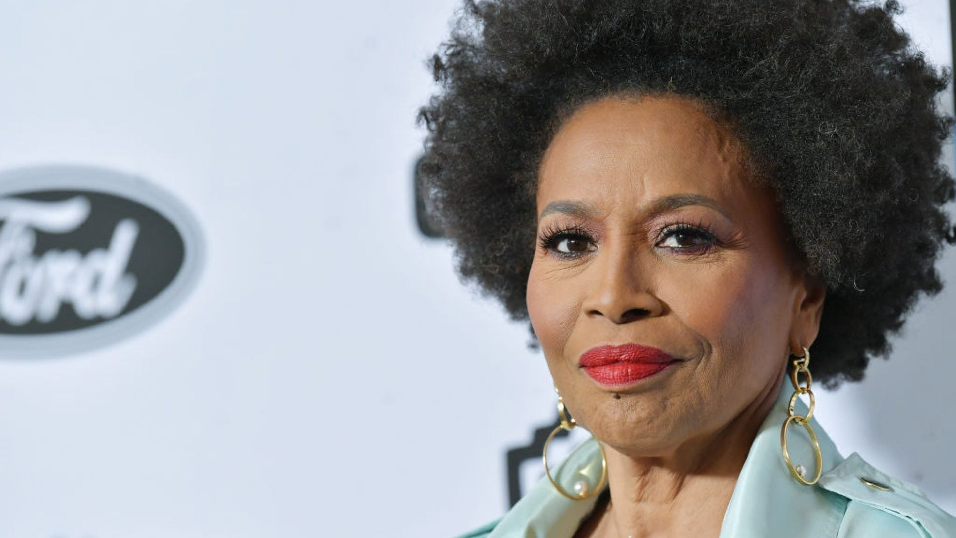 Man Who Conned Jenifer Lewis Out Of Thousands Of Dollars Pleads Guilty