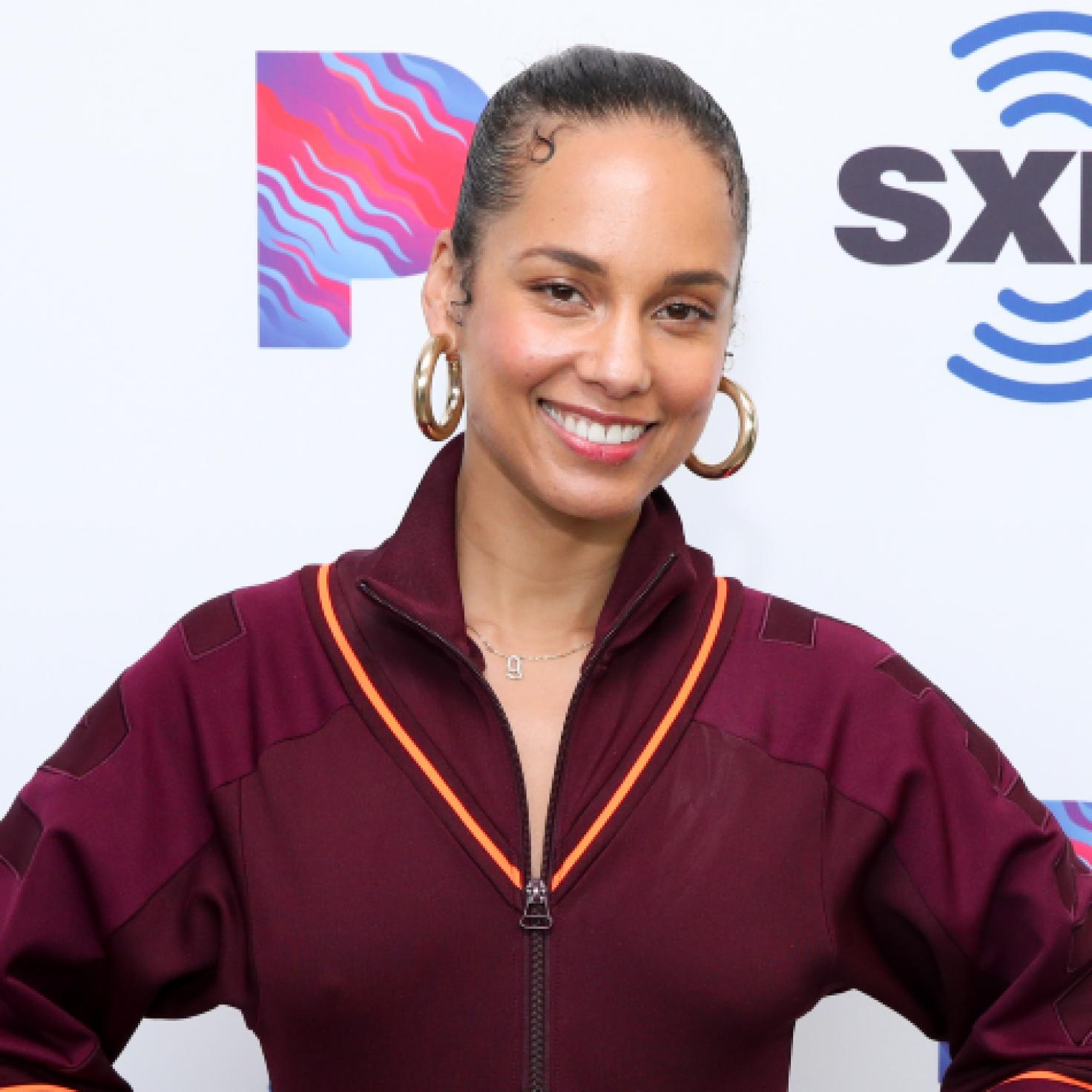 Alicia Keys's Slip-Proof Head Wrap Tutorial Is A Must-See