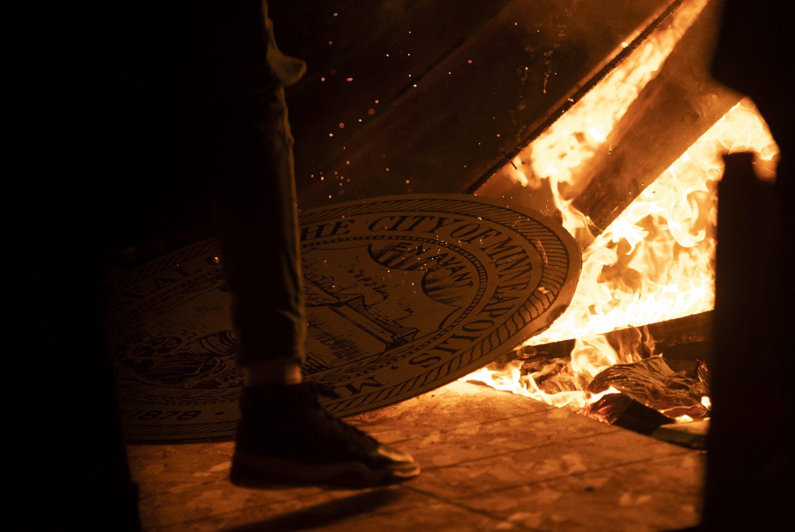 Rioters burn down Minneapolis Police Third Precinct