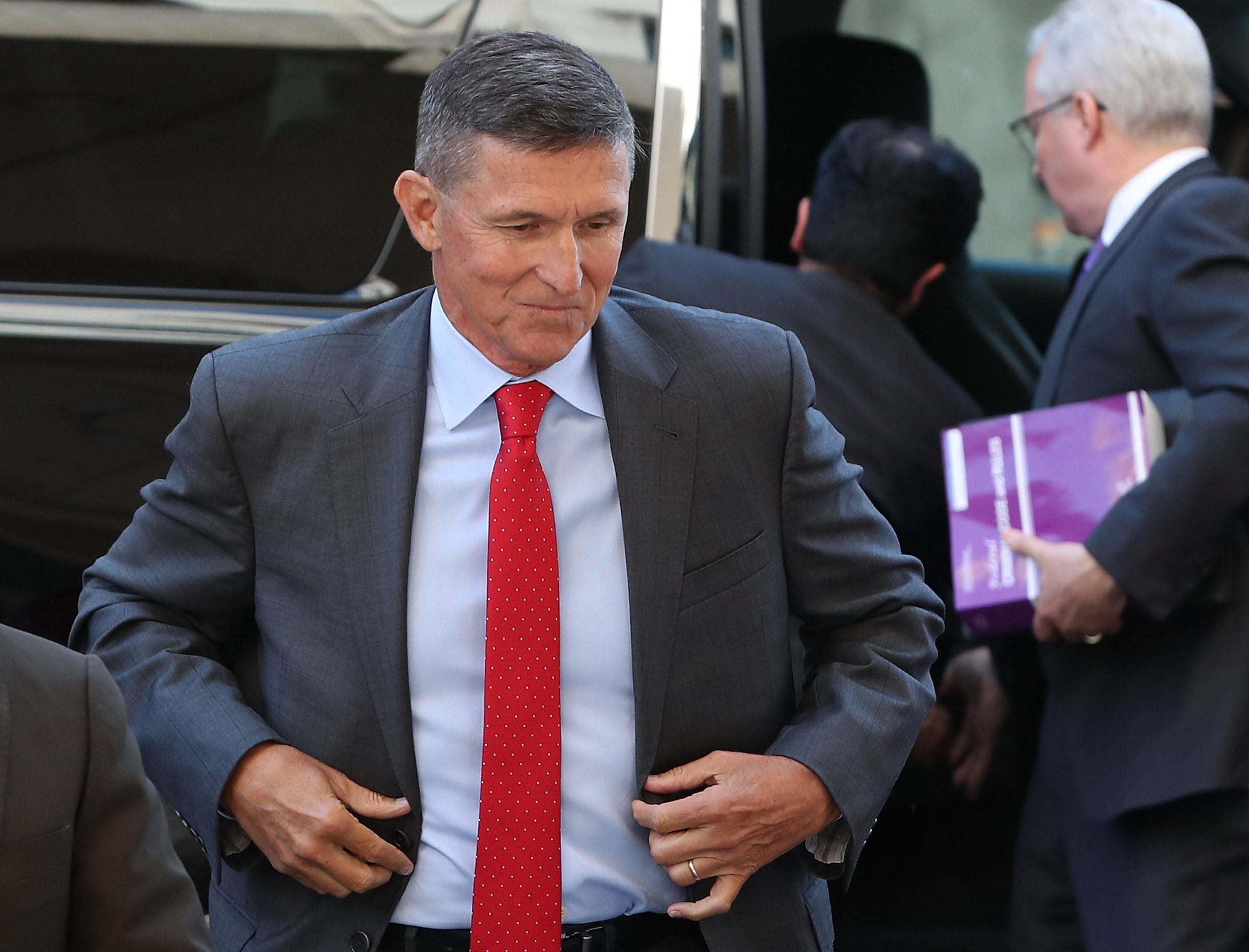 Michael Flynn arrives at courthouse