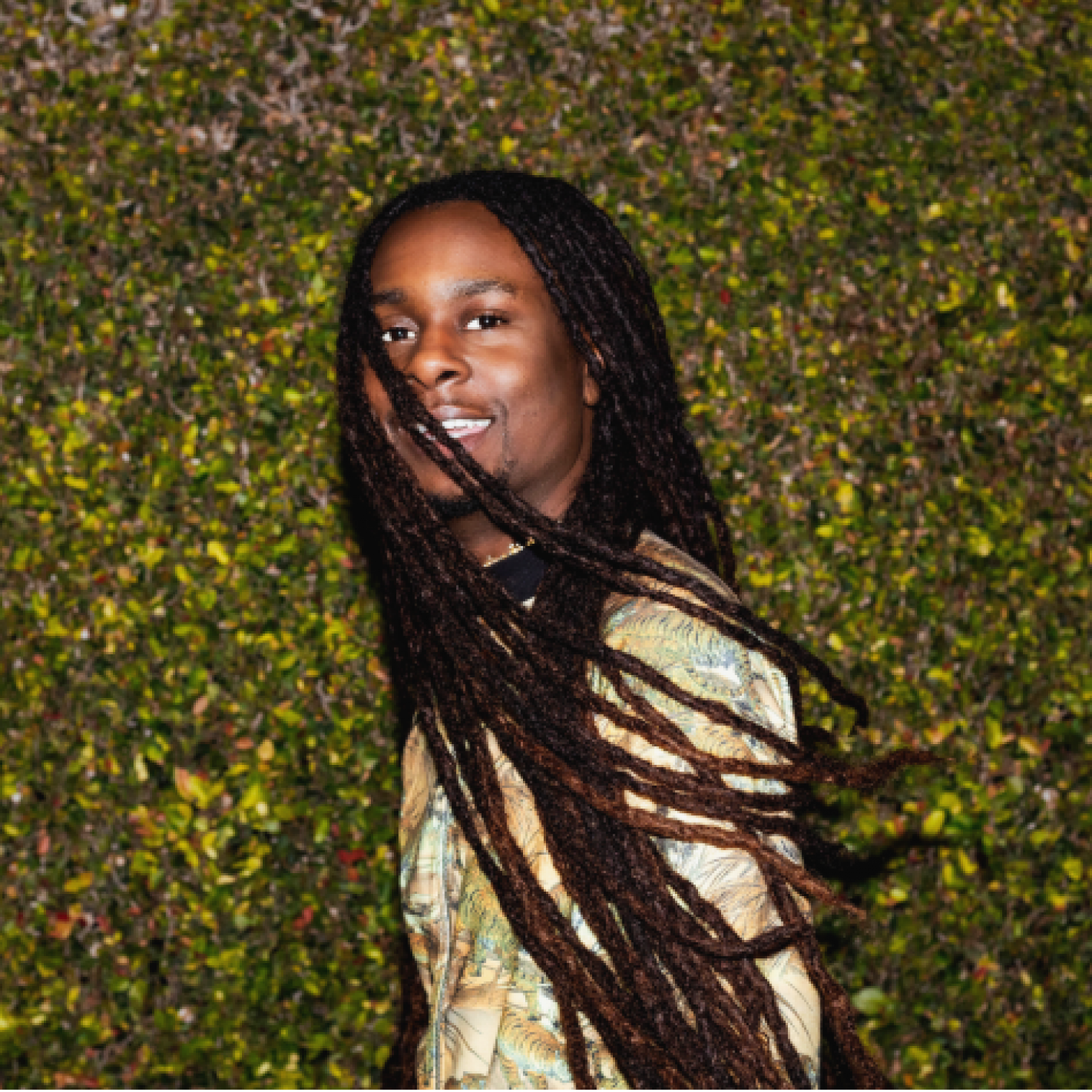 This Hairstylist Makes Faux Locs Look Like The Real Deal