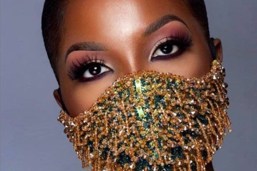 20 Pretty Eye Makeup Looks To Rock With Your Face Mask Essence