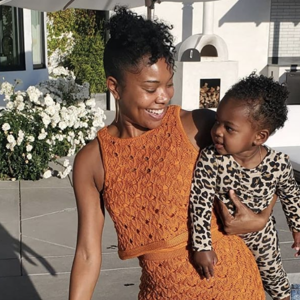 Gabrielle Union's Daughter Kaavia Wasn't Here For The Fruit Snack Challenge