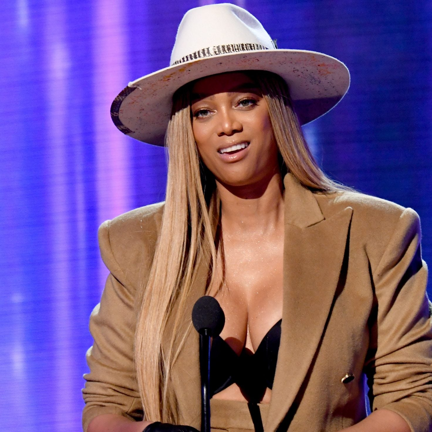 Tyra Banks Admits She Made 'Really Off Choices' In Resurfaced 'America's Next Top Model' Clips