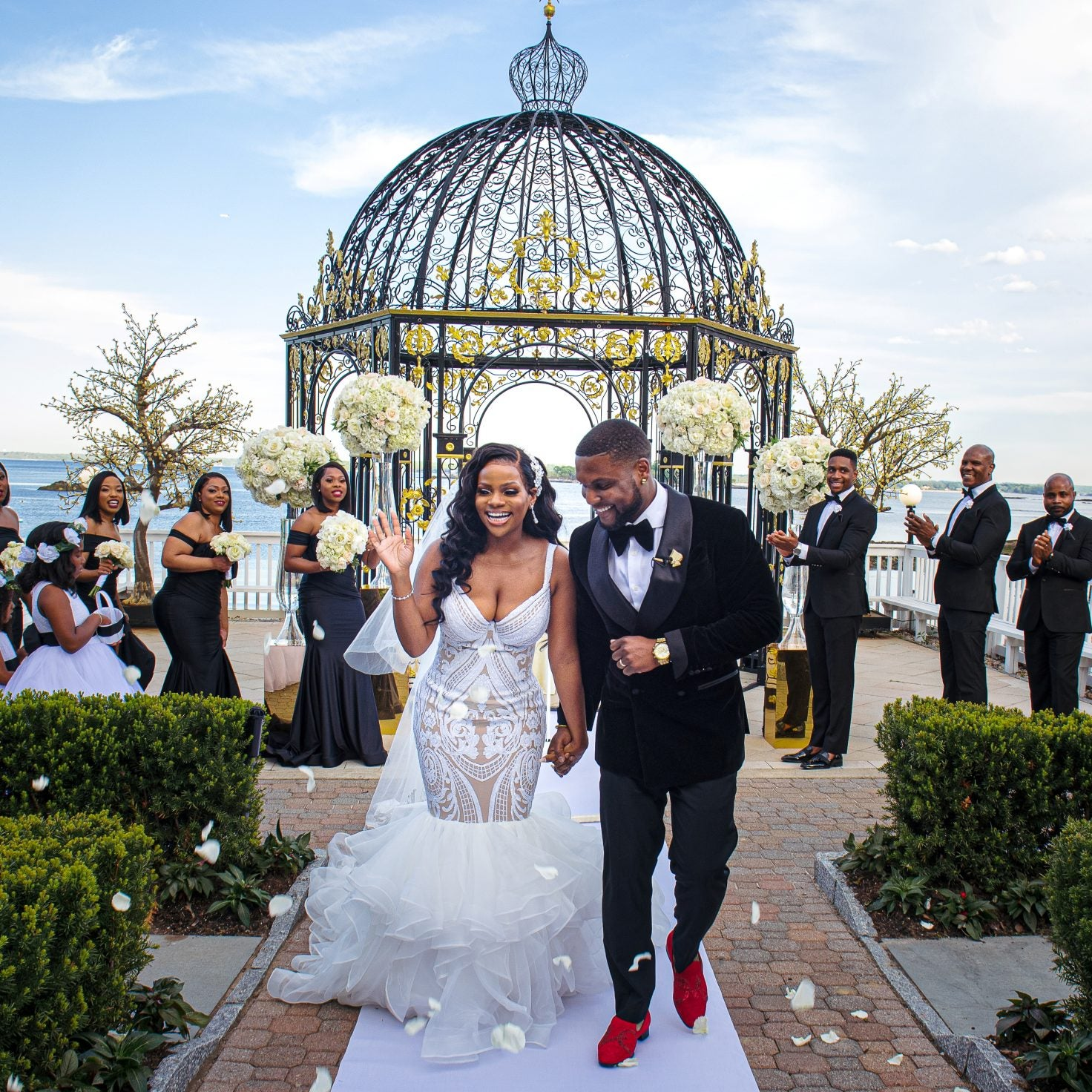Bridal Bliss: Ayesha And Steve's Gold And White Wedding Deserves An Award
