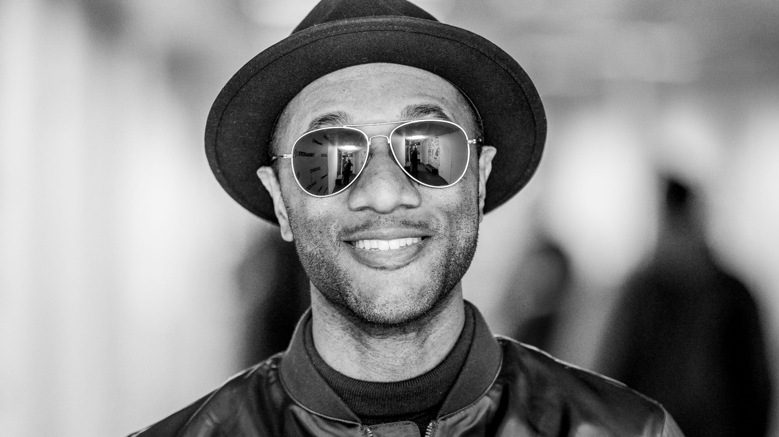 Aloe Blacc Partners With Music Unites To Send Off Compton Class 2020
