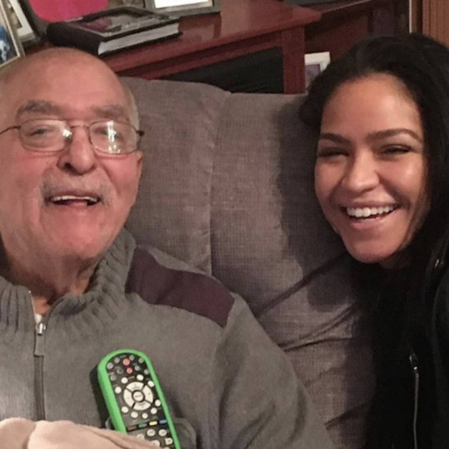 Cassie Mourns Grandfather's Death: 'I Wish I Could Hug You'