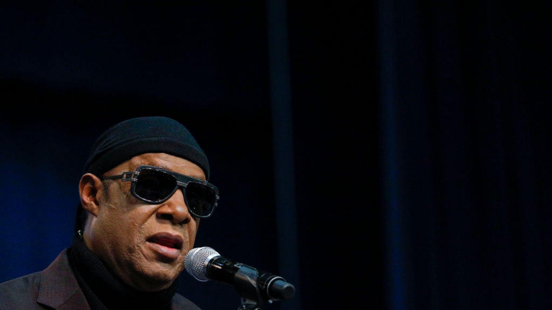 Stevie Wonder Denounces Racism And Donald Trump