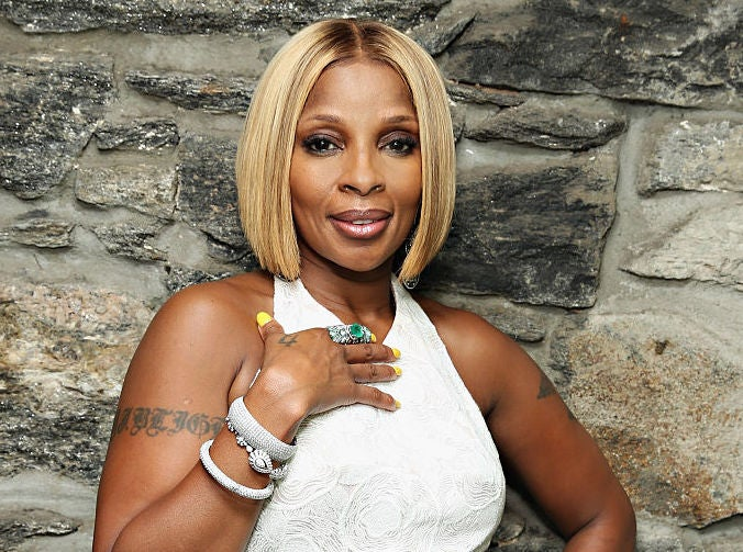 Exclusive: Mary J. Blige Launches Sun Goddess Wine