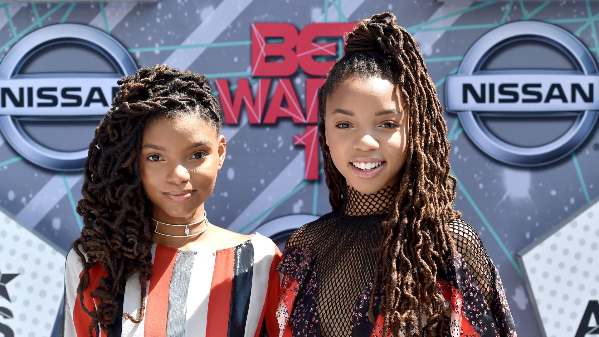 18 Times Chloe And Halle Made Us Want To Immediately Rock Locs
