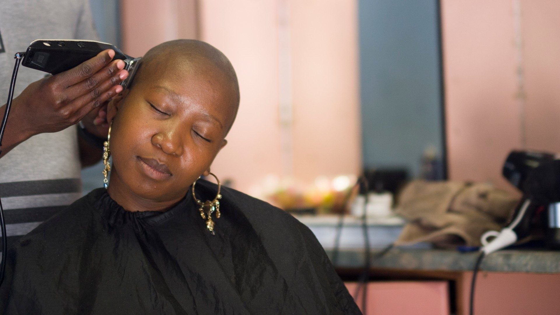 Expert Tips And Protective Products For Women With Bald Heads