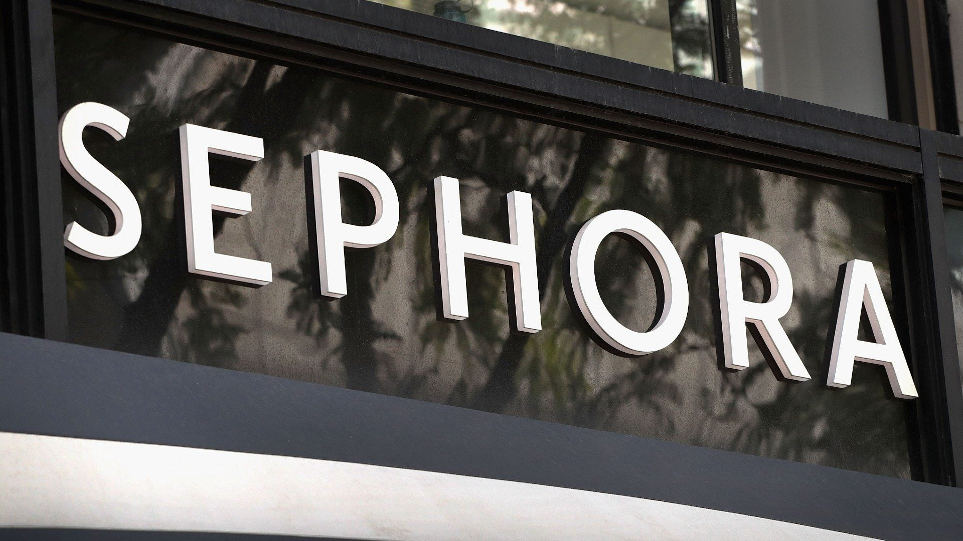 Sephora Pledges 15 Percent Of Shelf Space To Black-Owned Brands