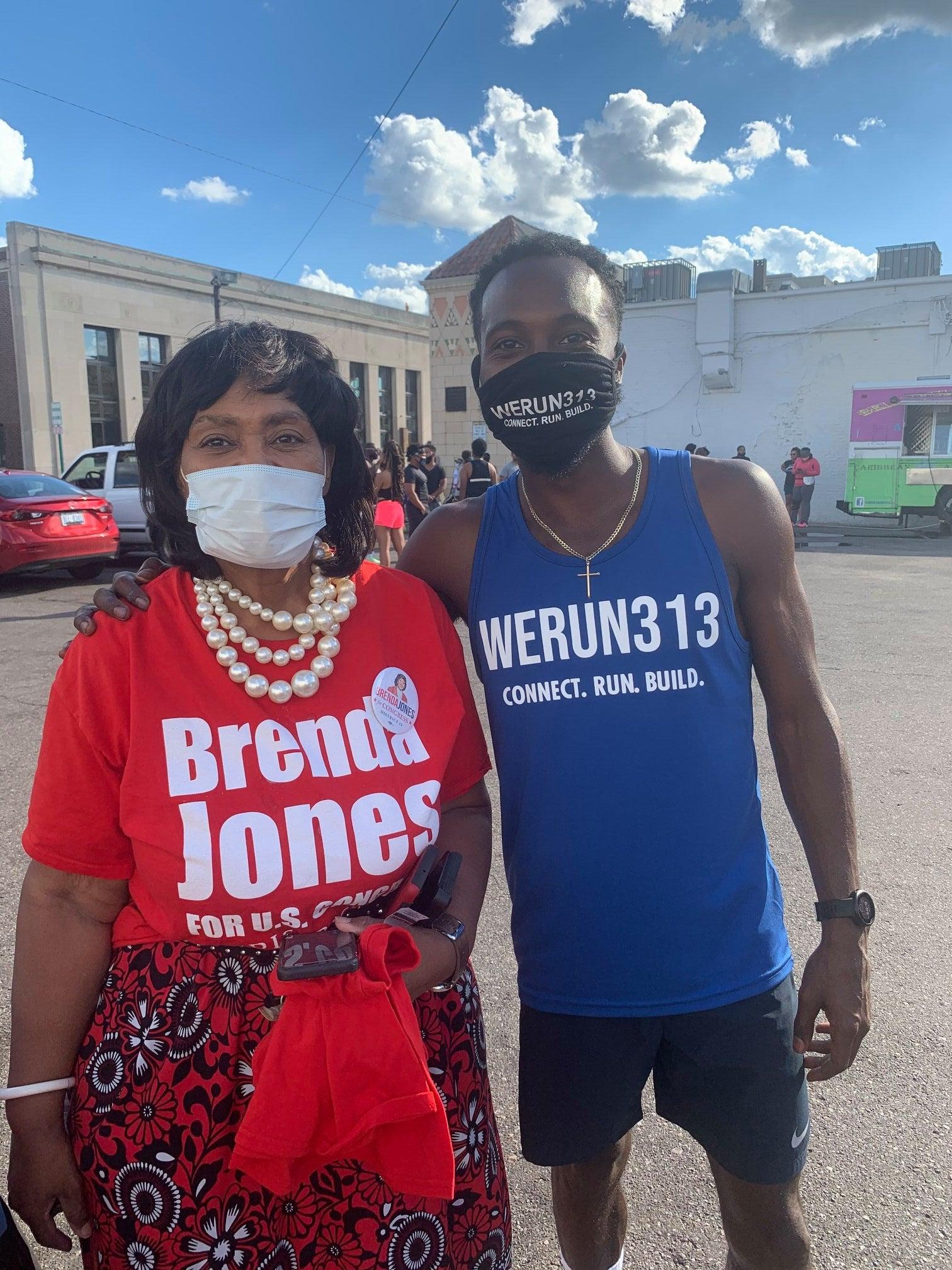 Rashida Tlaib challenger Brenda Jones with constituent