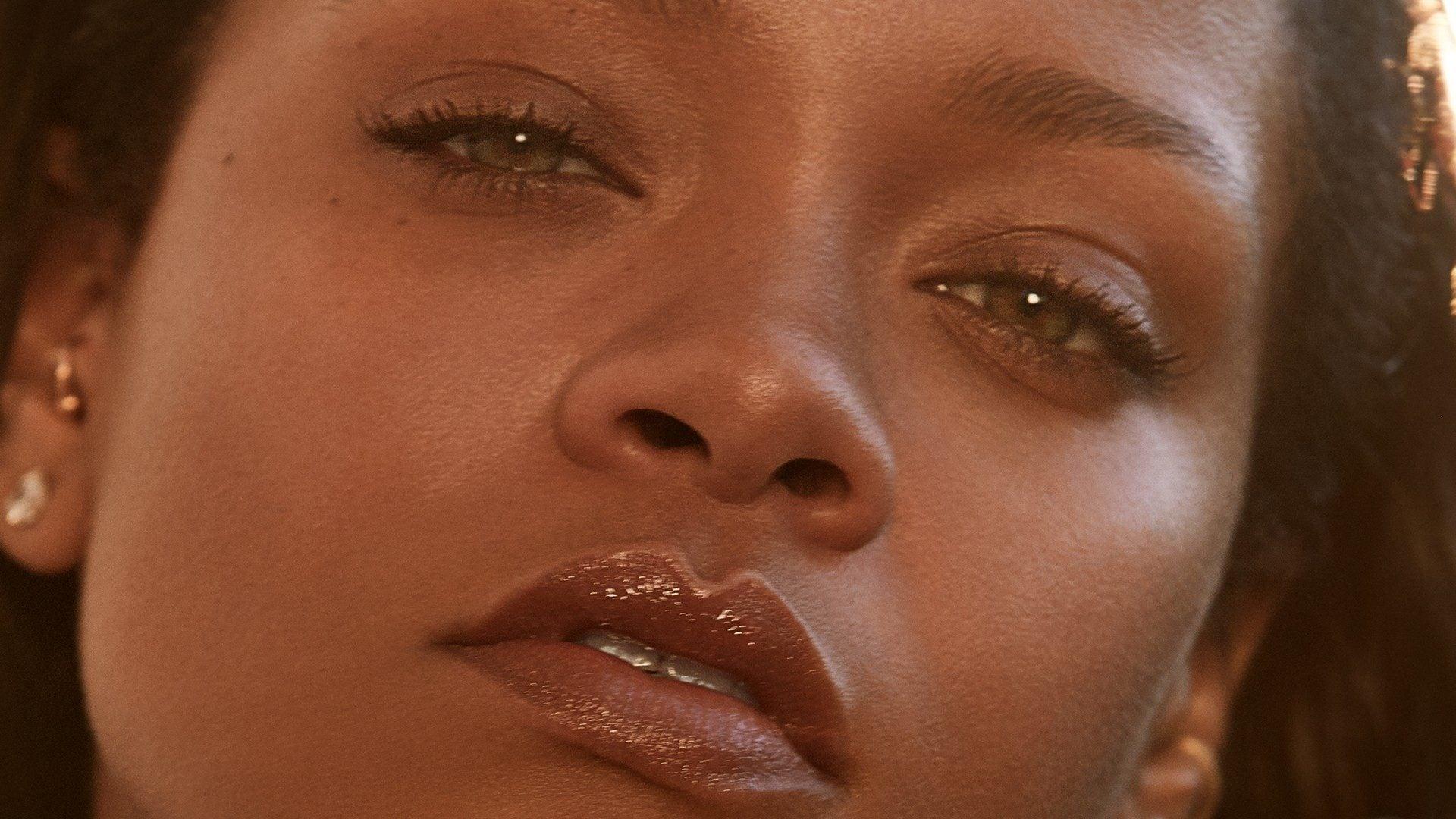 Rihanna Surprises Fans With Fenty Skin Reveal