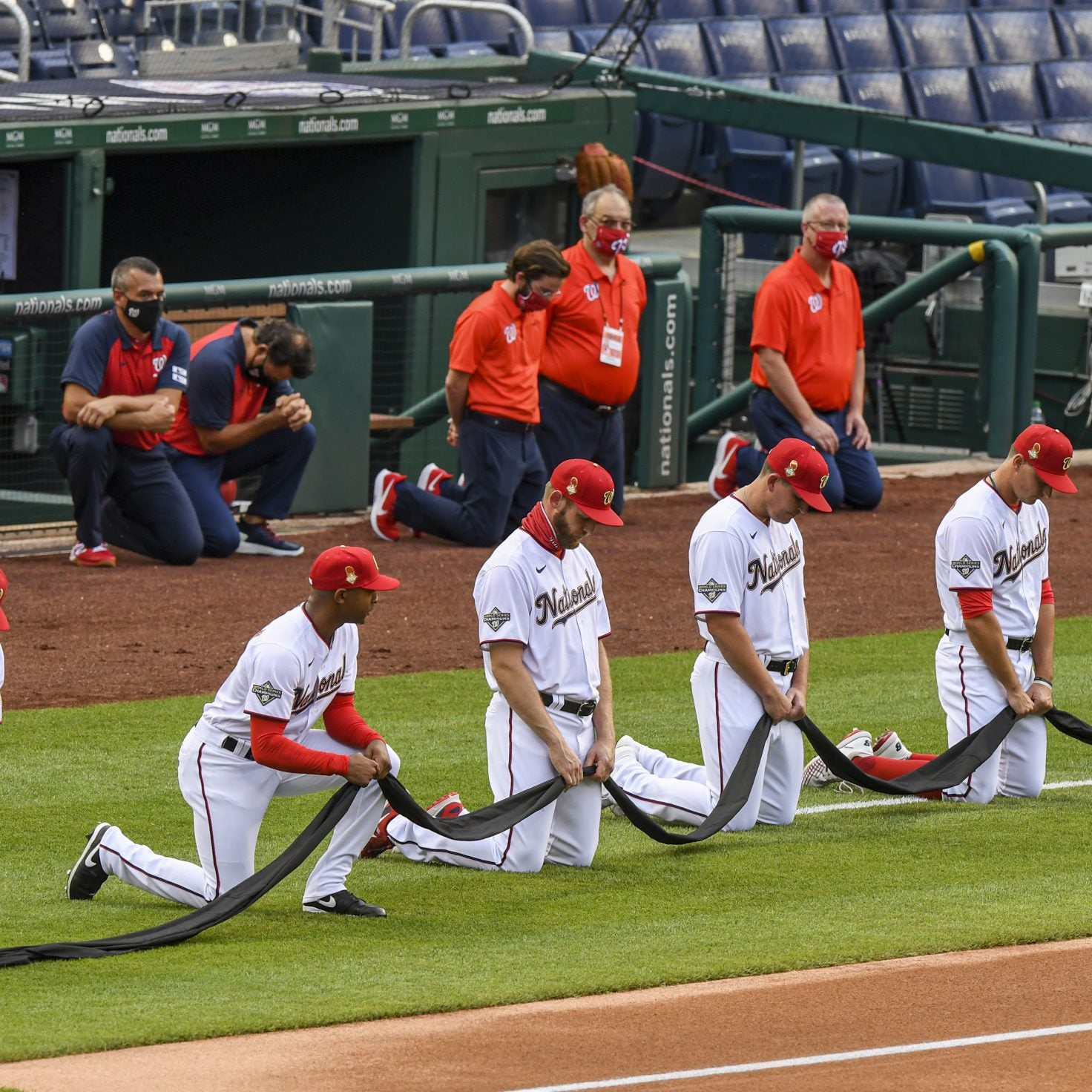 On Opening Day, Every Baseball Player Took A Knee To Support Black Lives Matter Movement