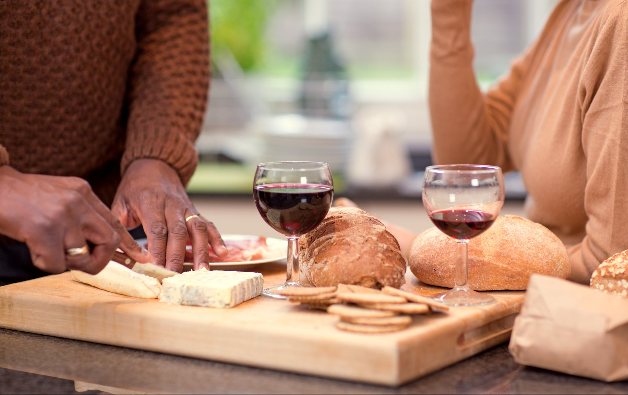 Wine And Cheese Pairing Tips For Your Next Social Distance Picnic