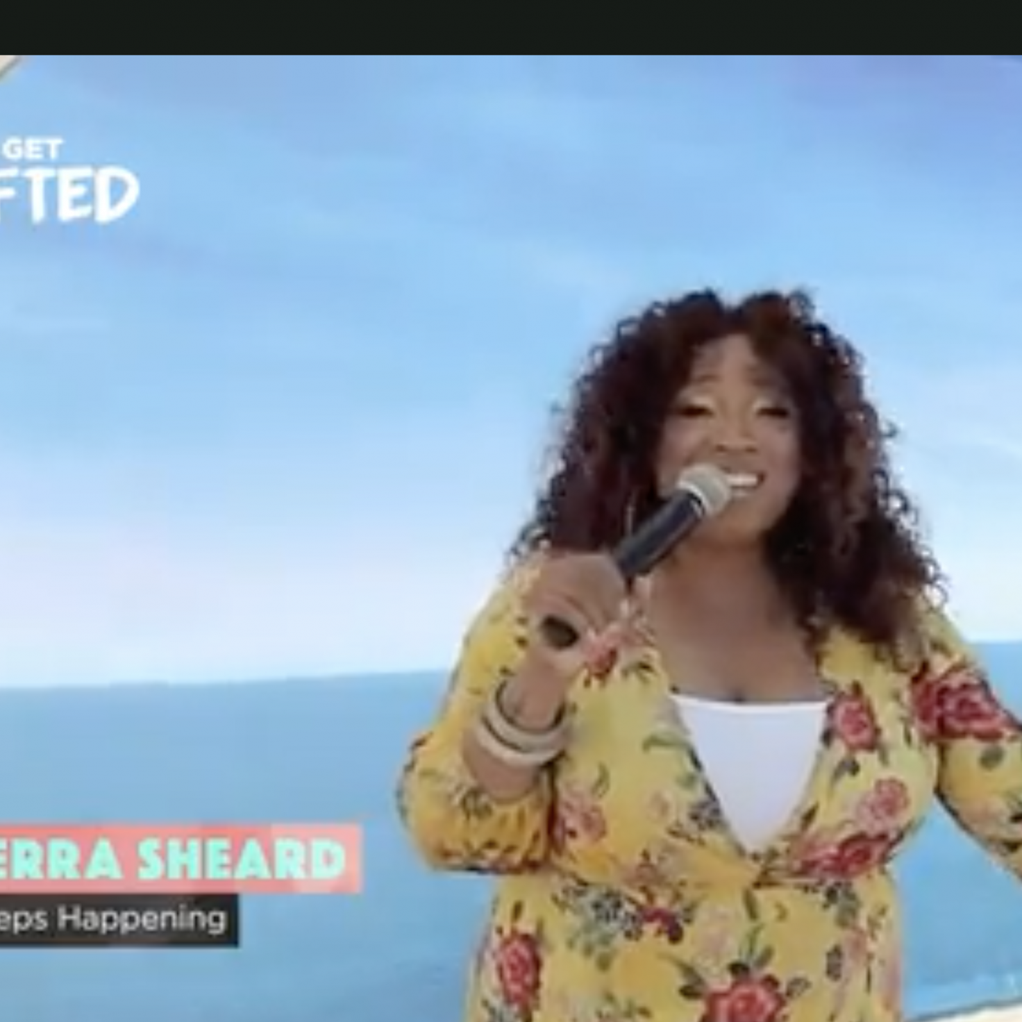 "Kierra Sheard performs ""It Keeps Happening"", ""Grateful"" and ""God In Me """