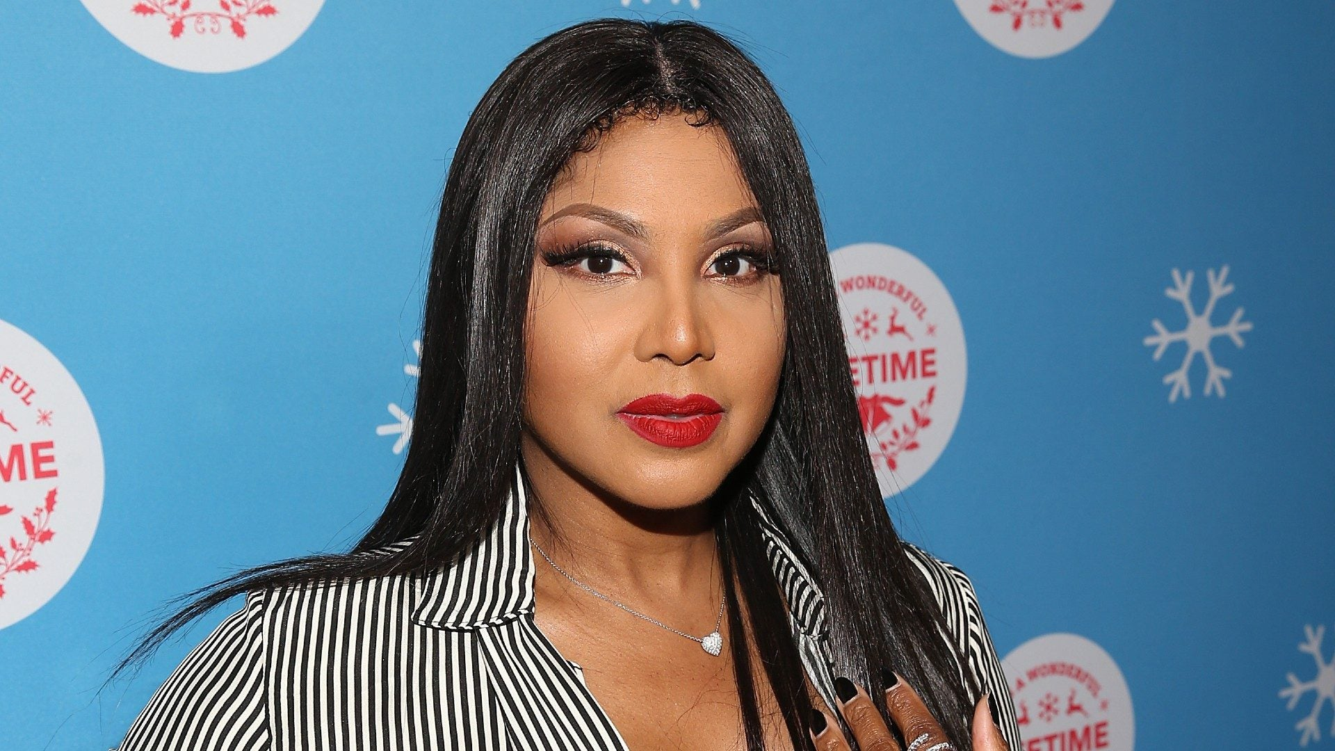 MUST SEE: Toni Braxton Reveals Sexy Secret Beauty Tool