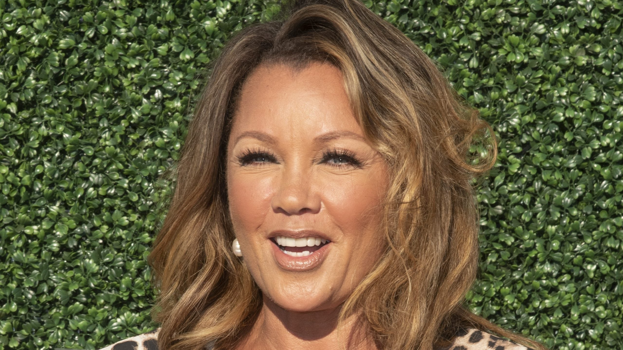 Vanessa Williams Received Her Flowers From Her 'Bad Hair' Castmates