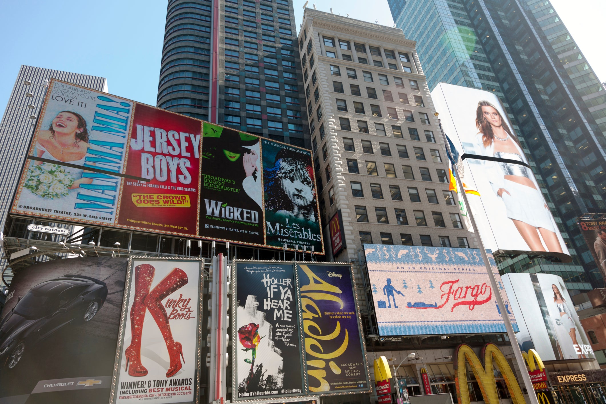 Airbnb Brings Broadway Home With Its New Collection of Virtual ...