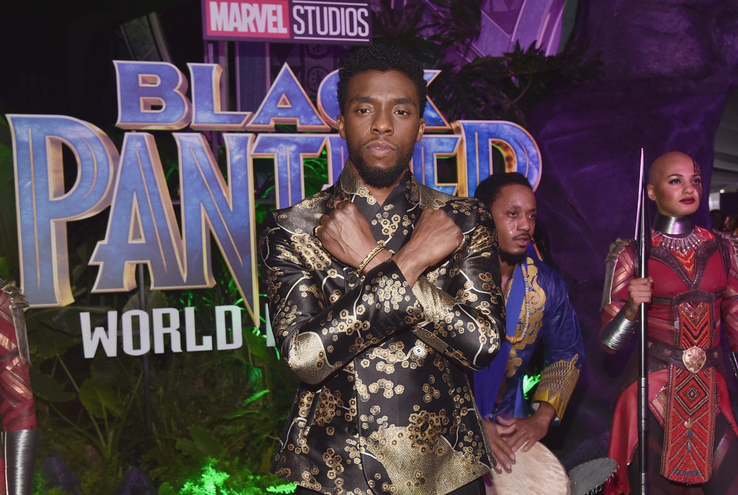 Chadwick Boseman 'Black Panther' Mural Done By Black Visual ...