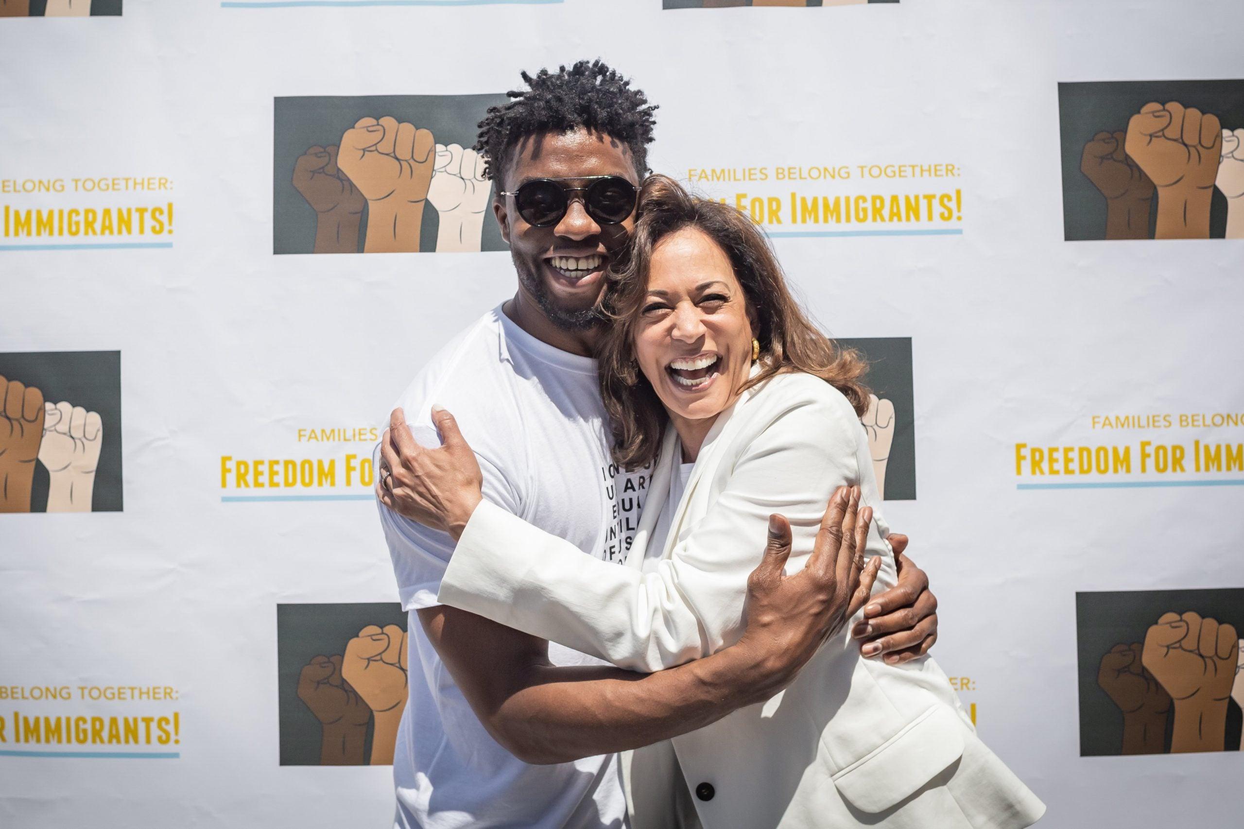 Chadwick Boseman embraces Sen. Kamala Harris