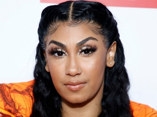 We're Loving The Throwback Hairstyles In Queen Naija's New 'Pack Lite' Video