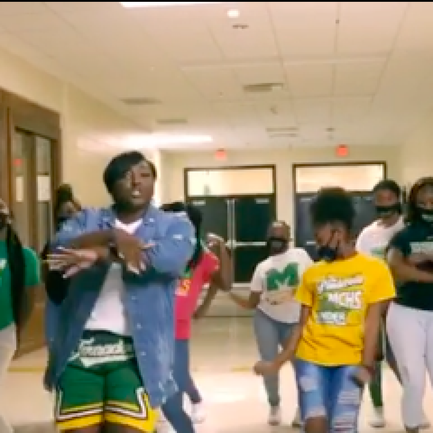 Georgia High School Teachers Welcome Students To Online Learning In Viral Video
