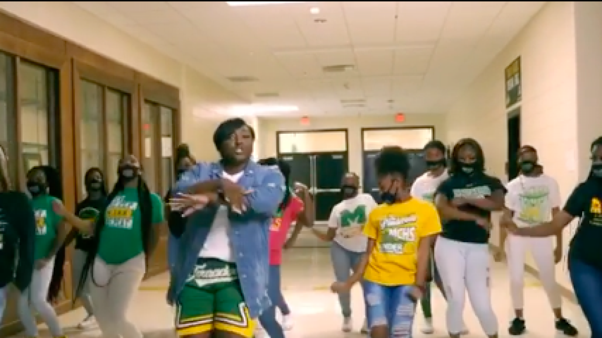 Georgia High School Teachers Welcome Students To Virtual Learning In Viral Video