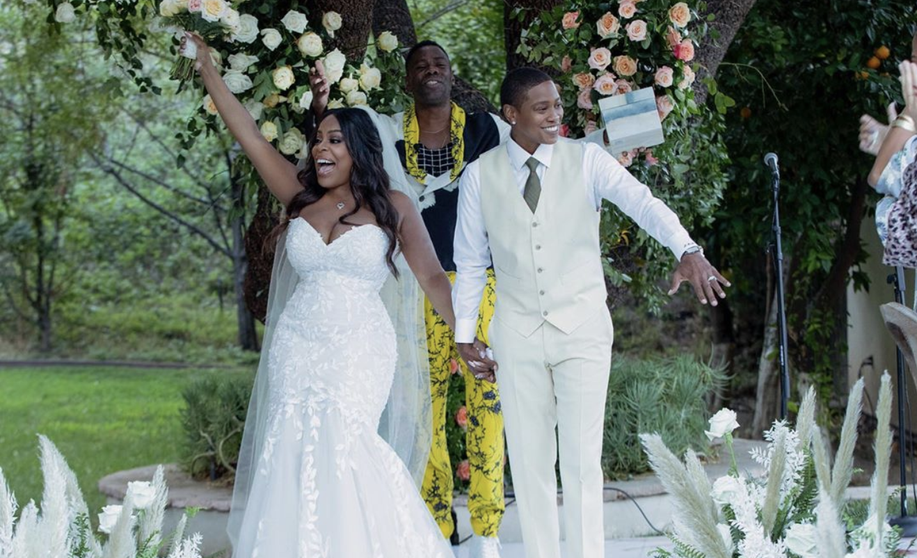 Surprise! Niecy Nash Introduces Her New Wife Jessica Betts