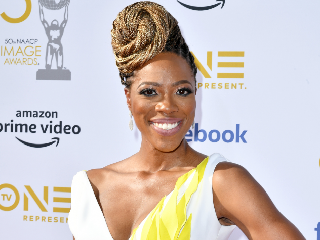 Yvonne Orji's Emmy's Hairstyle Is A Reminder That Black Lives Matter