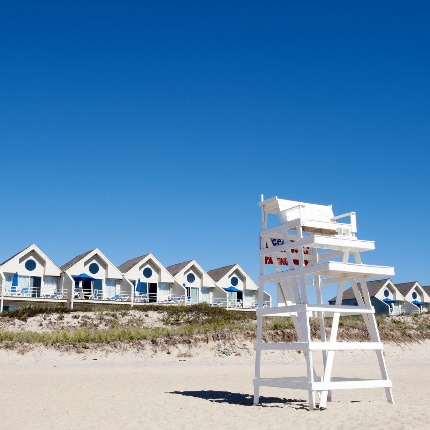 Escape To The Hamptons For A Fall Weekend Getaway