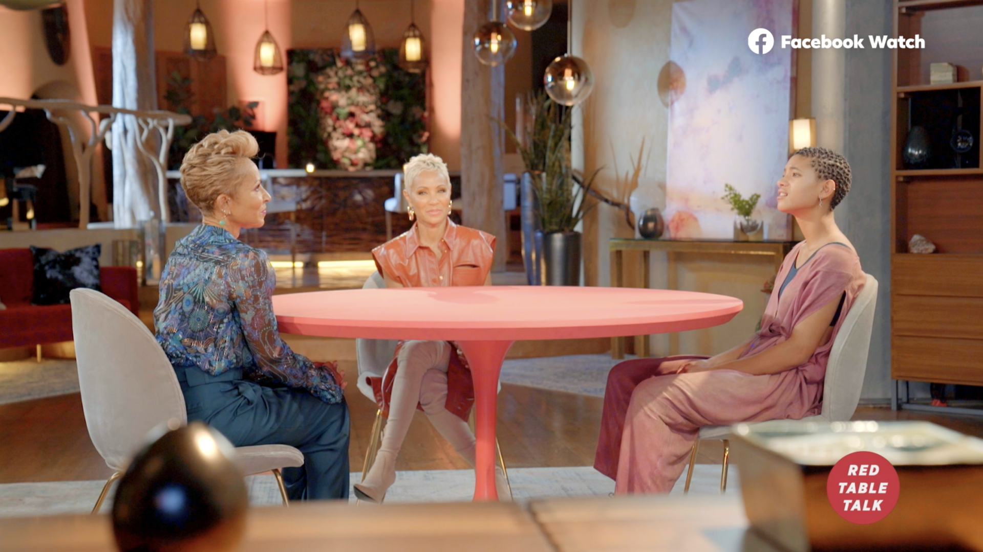 Watch This Exclusive Clip About Mom-Shaming From 'Red Table Talk'