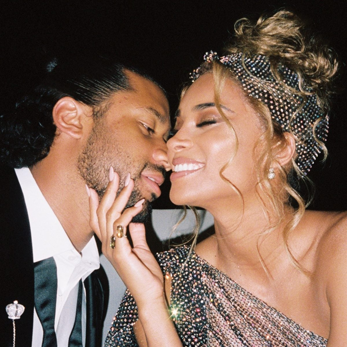 Ciara And Russell Wilson's New His And Hers Fragrance Deserves To Be On Your Christmas List
